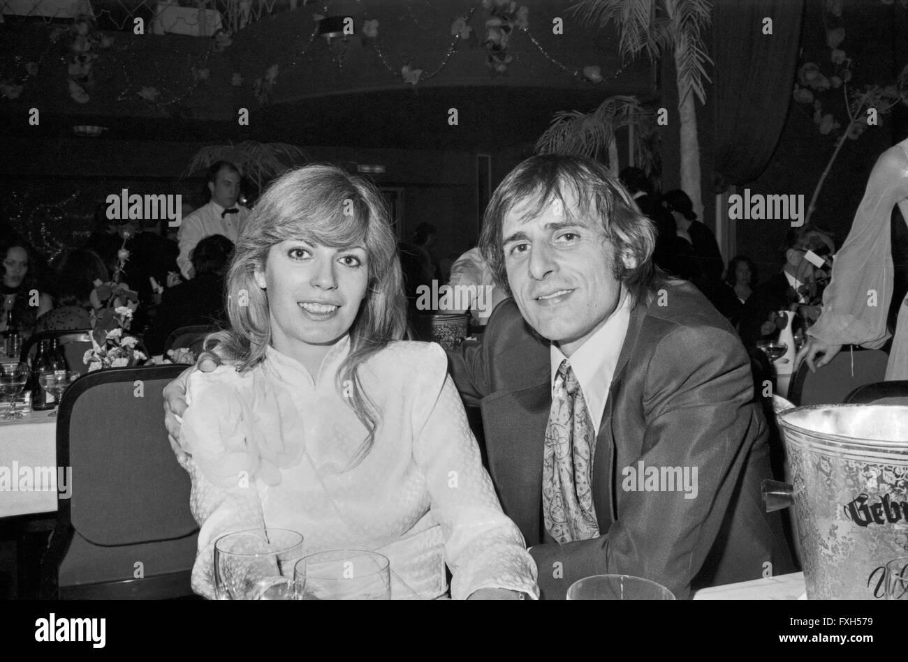 Maler Und Fotograf Manfred Bockelmann Mit Christiane Rücker Beim SPIO Filmball in München 1976, 1970er Stockbild
