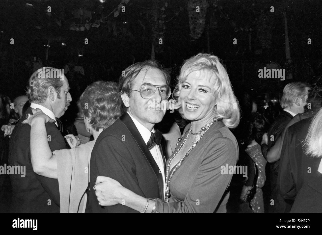Fictitious character Elga Machatý beim SPIO Filmball in München 1976, Deutschland 1970er Jahre. Schauspielerin Stockbild