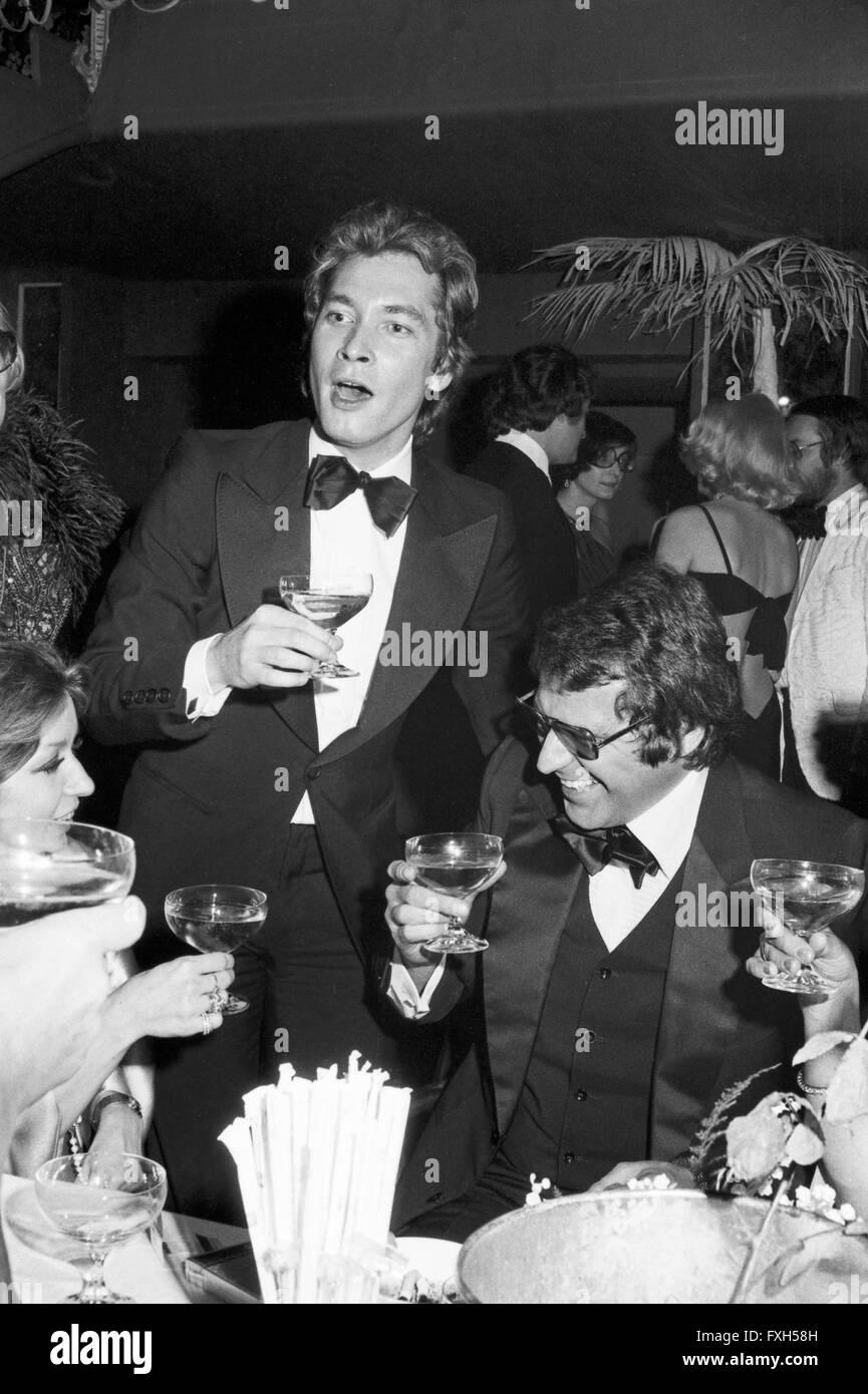 Schauspieler Christian Wolff (?) Beim SPIO Filmball in München 1976, 1970er Jahre Deutschland. Schauspieler Stockbild