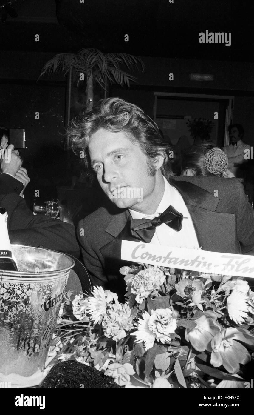 Der Amerikanische Schauspieler Michael Douglas Beim SPIO Filmball in München 1976, 1970er Jahre Deutschland. Stockbild