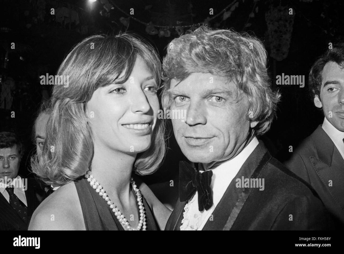 Schauspieler Hardy Krüger Mit Ehefrau Francesca Marazzi Beim SPIO Filmball in München 1976, 1970er Jahre Stockbild