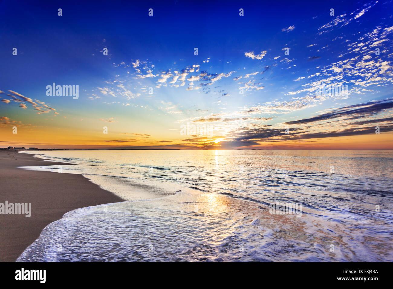Aufgehenden Sonne über Ocean Park Stockbild