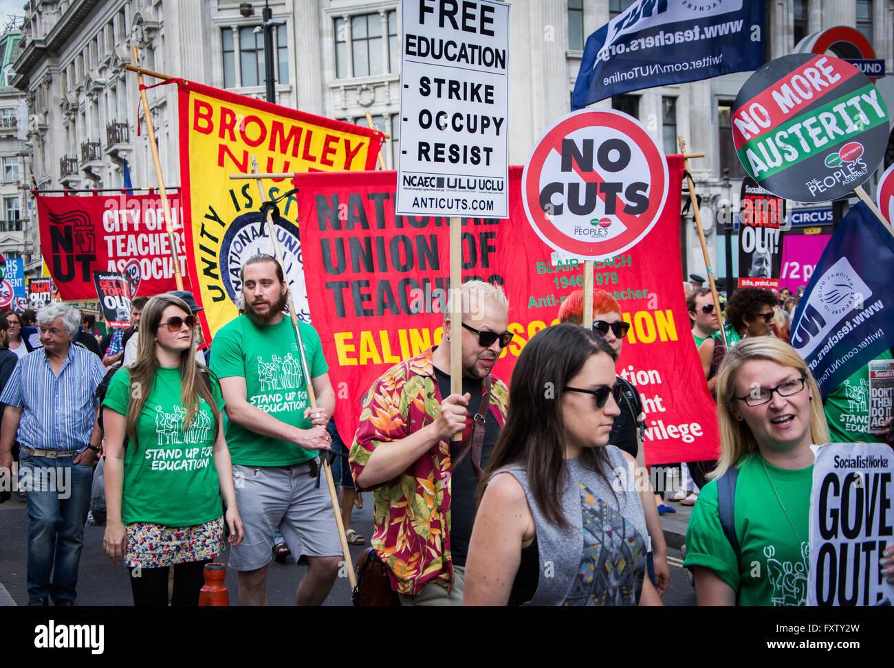 "Lehrer an der Volksversammlung März / rally ""No mehr Sparmaßnahmen"" 21. Juni 2014 London Stockbild"