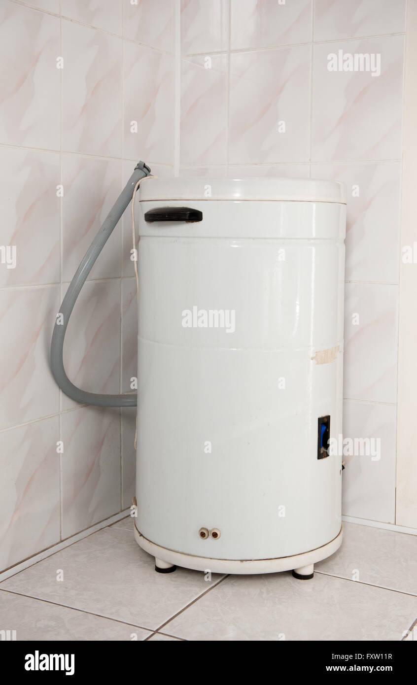 alte antike waschmaschine frania, waschmaschine gerät in polen, Badezimmer ideen