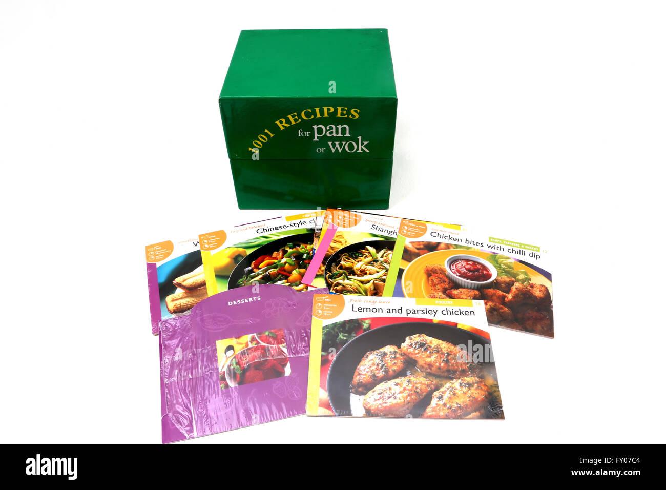 1001 Rezepte für Hauptgerichte und Desserts für Pfanne oder Wok Stockbild