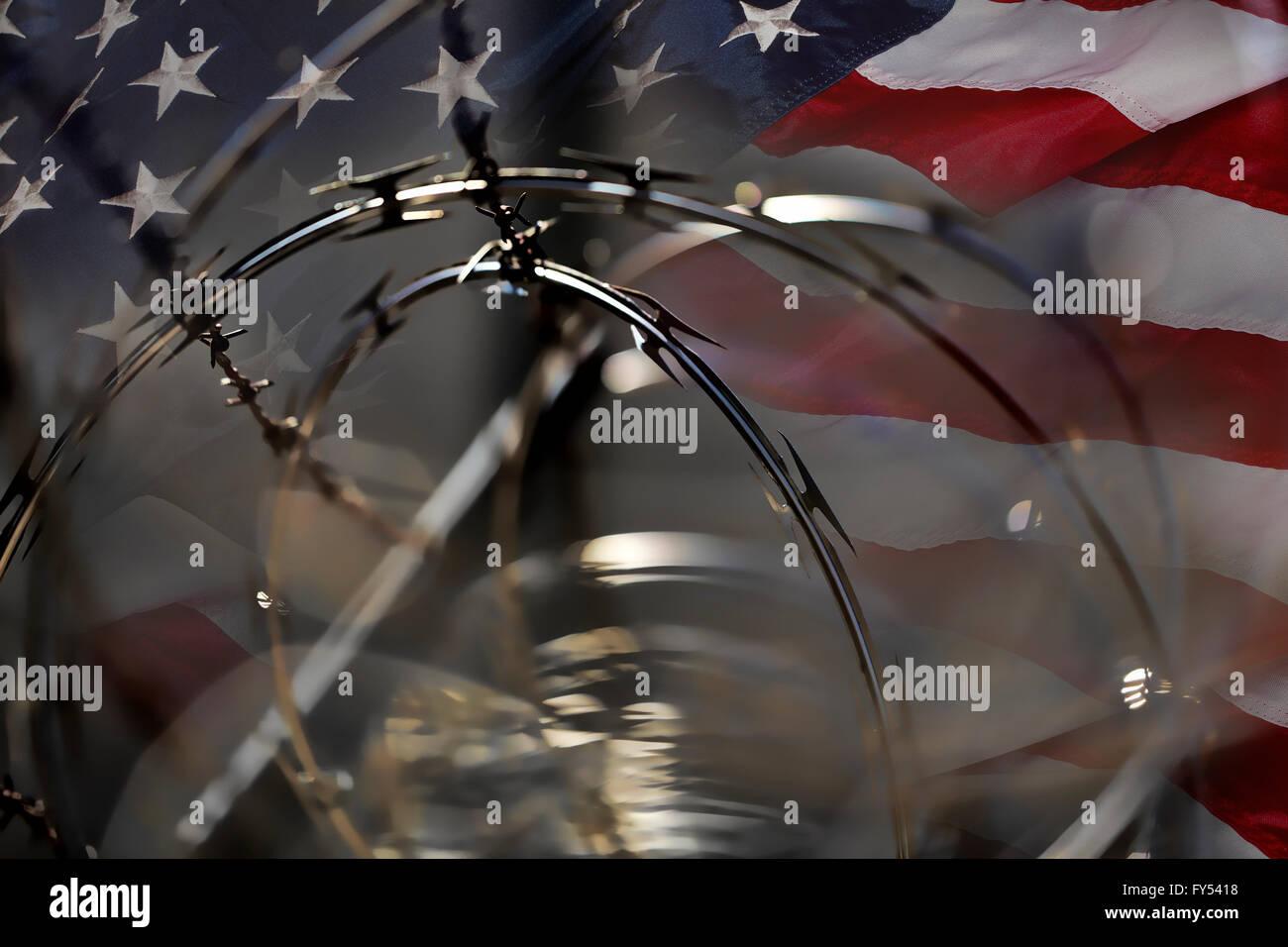 USA-Grenze Zaun Stacheldraht Razor und amerikanische Flagge ...