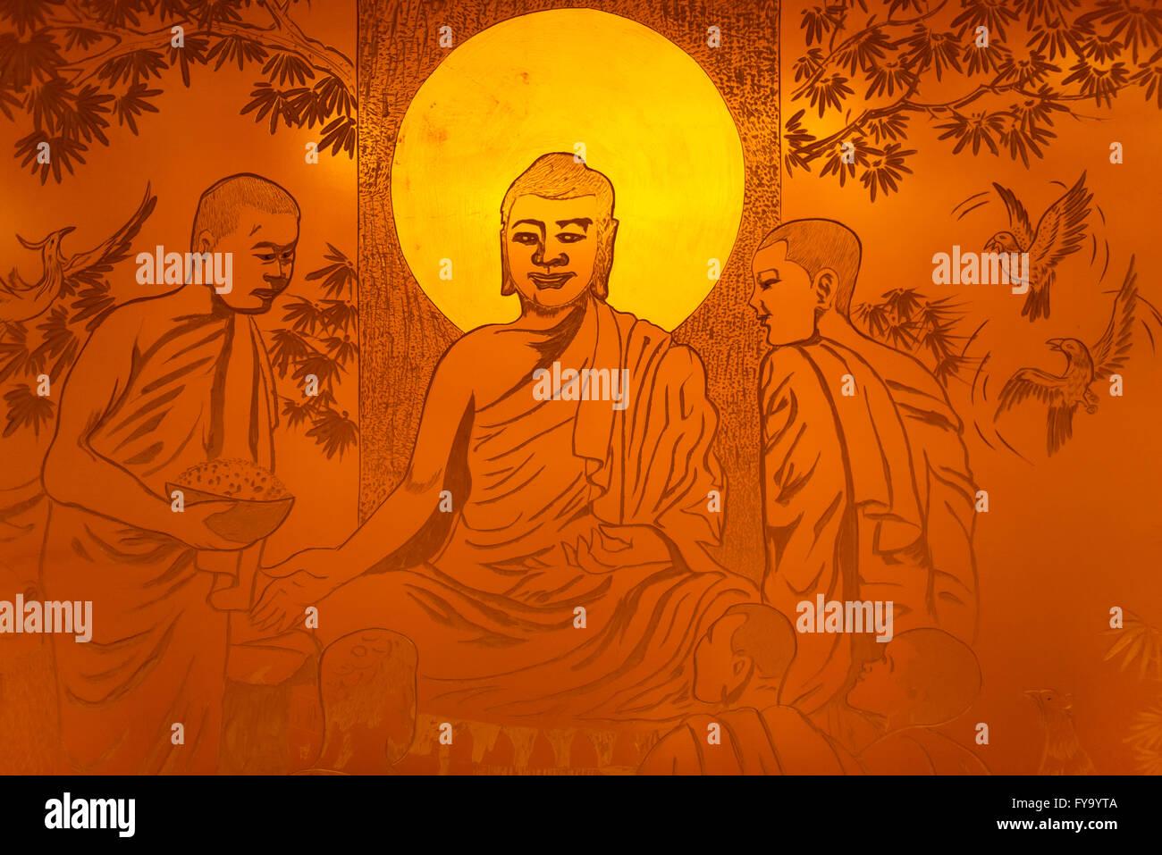 Kunstwerk, Buddha mit einem Heiligenschein, goldfarben, geschnitzt in Metall, Zhengzhou, Henan Provinz, China Stockbild