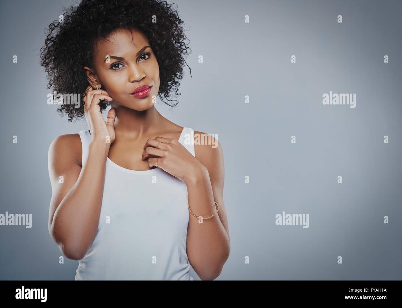 9b823050345502 Schwarzes Unterhemd Stockfotos & Schwarzes Unterhemd Bilder - Alamy