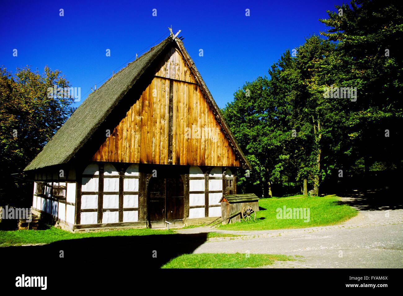 Detmold, Deutschland. Holz-Rahmen-Bauernhof-Haus Stockfoto, Bild ...