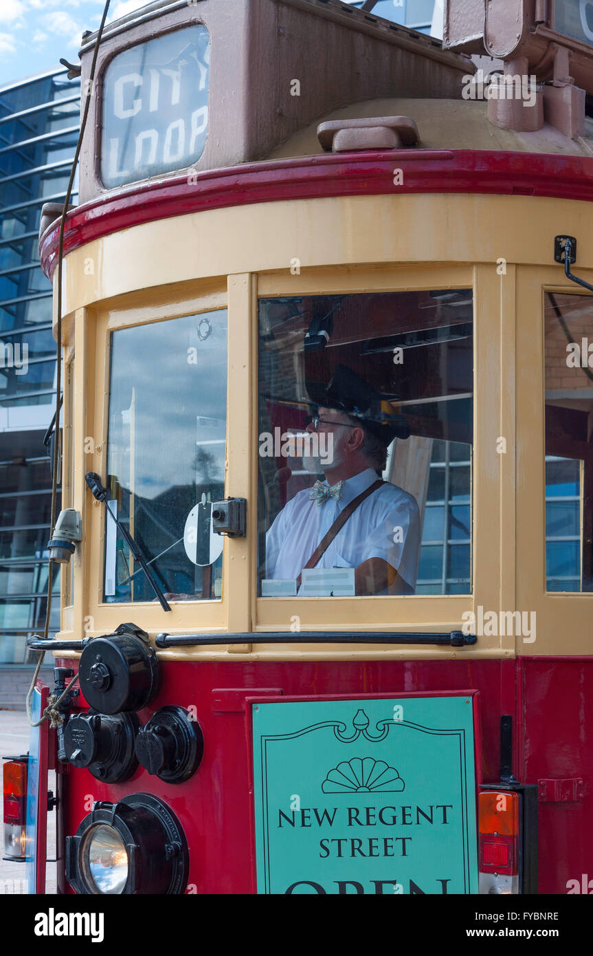 Fahrer im City Loop Straßenbahn, Worcester Boulevard, Christchurch, Canterbury, Neuseeland Stockbild