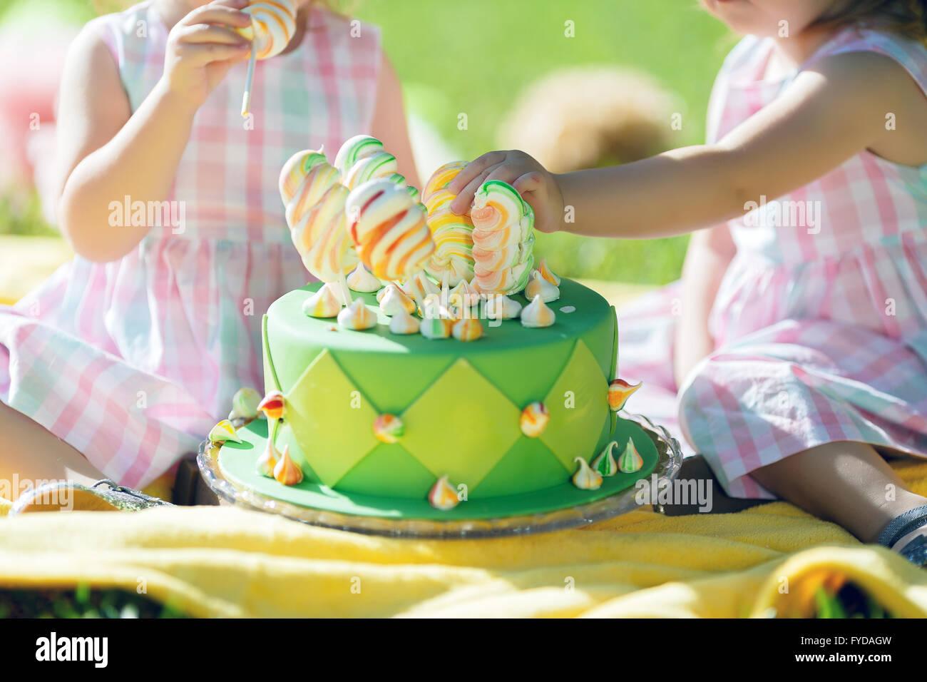 Cupcake Mit Gruner Glasur Und Glucklich St Pat Tag Darauf