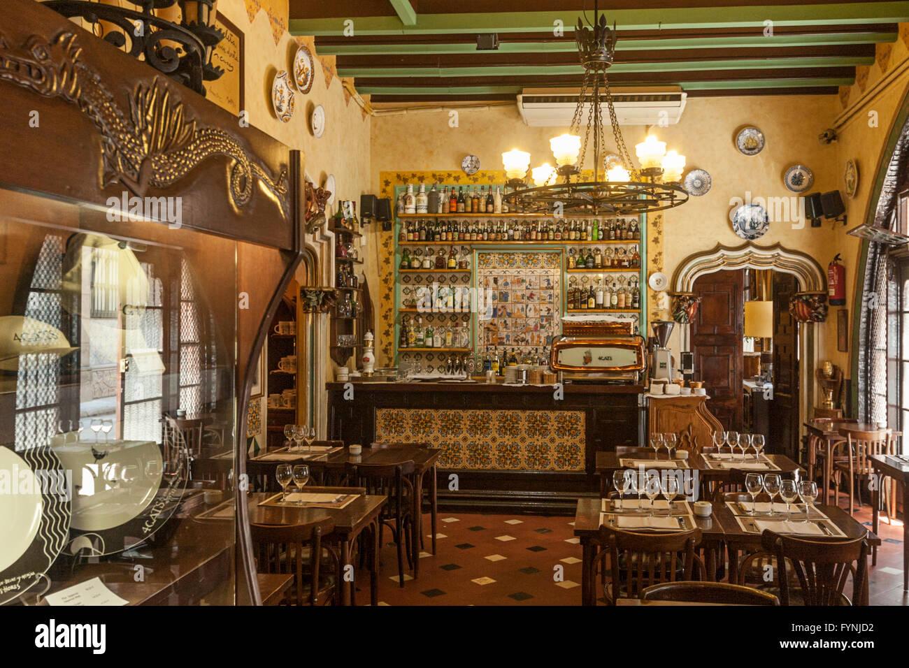 El Quatre Gats alten Bodega Interieur, Barri Gotic, Barcelona Stockbild