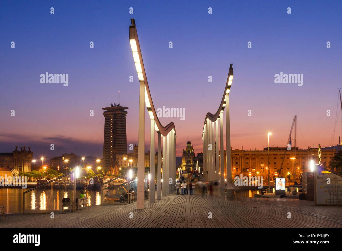 Rambla de Mar, Fußgängerbrücke, Sonnenuntergang, Port Vell, Barcelona, Spanien Stockbild