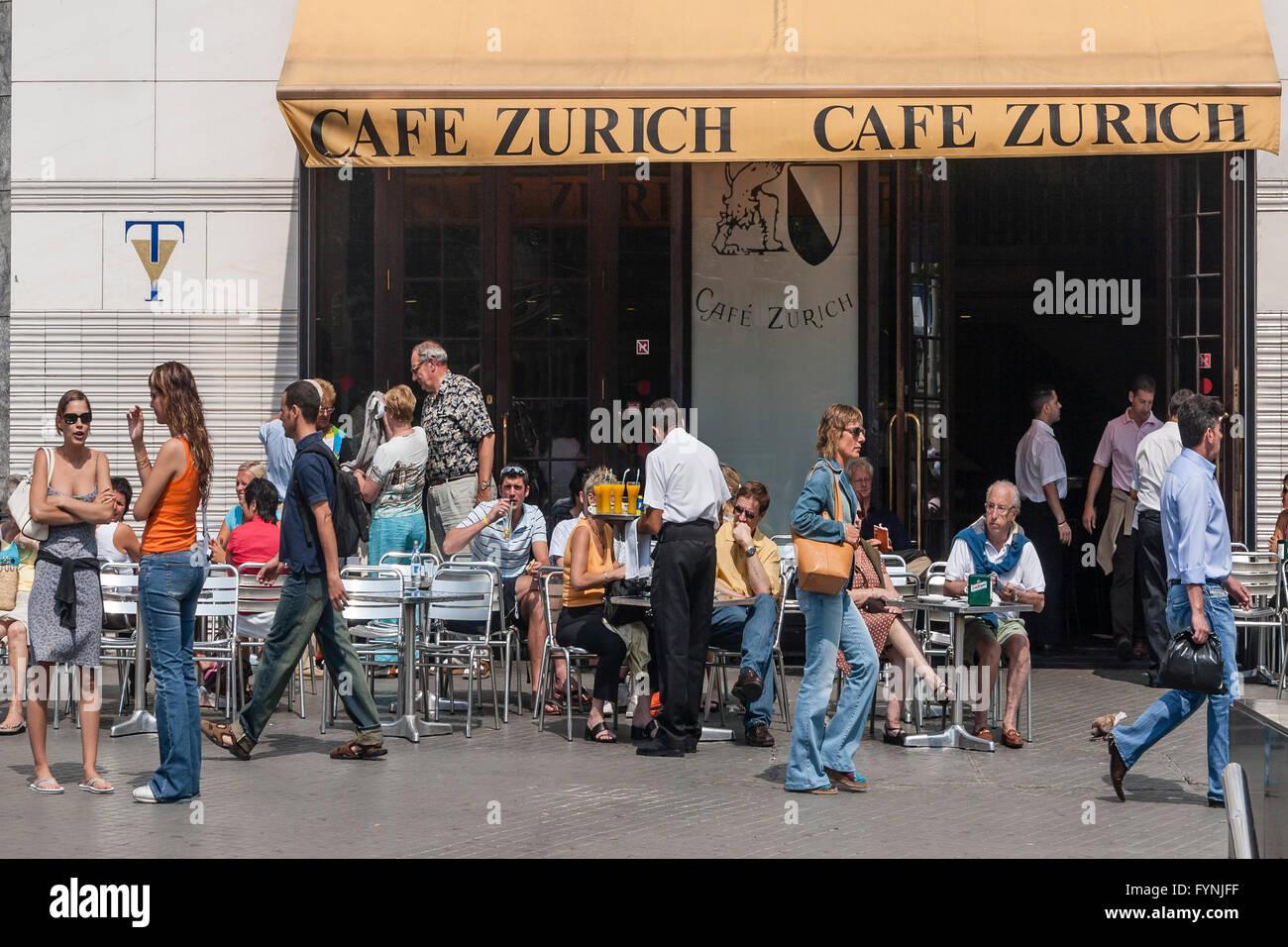 Cafe-Zürich, Steet Café, Palza de Catalunya, Barcelona Stockbild