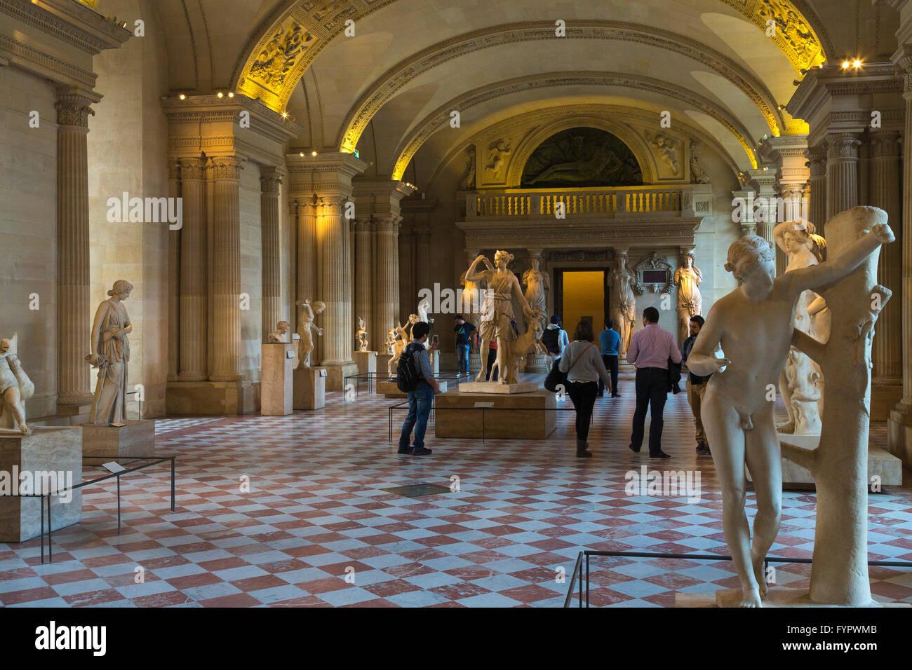 Antike griechische Skulpturen, Interieur des Louvre, Musée du Louvre ...