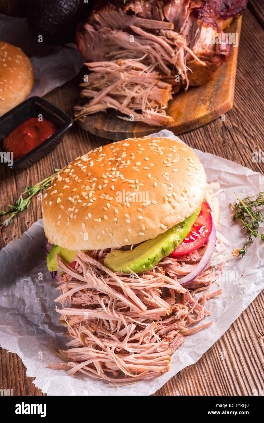 Hamburger zog Schweinefleisch Stockbild