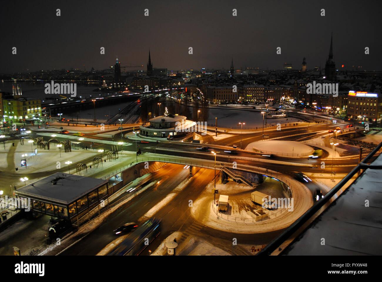 Schweden. Stockholm. Panorama der Stadt in der Nacht vom Katarina Aufzug. Stockbild