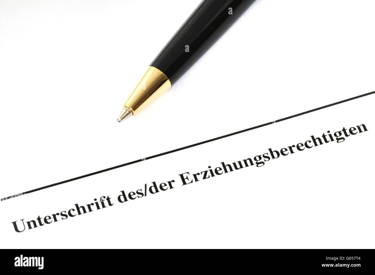 Bewilligungsgesuches Eines Erziehungsberechtigten / Unterschrift einer Wache Stockfoto