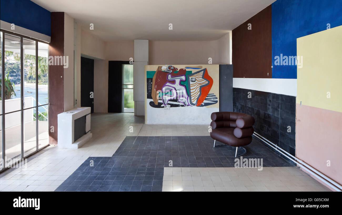 Interieur mit Eileen Gray Stuhl \