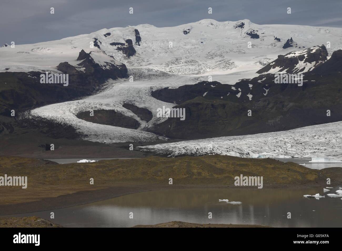 Hrútárjökull - einer der Outlet-Gletscher (Gletscherzungen) der Vatnajökull-Eiskappe, die größten Stockbild