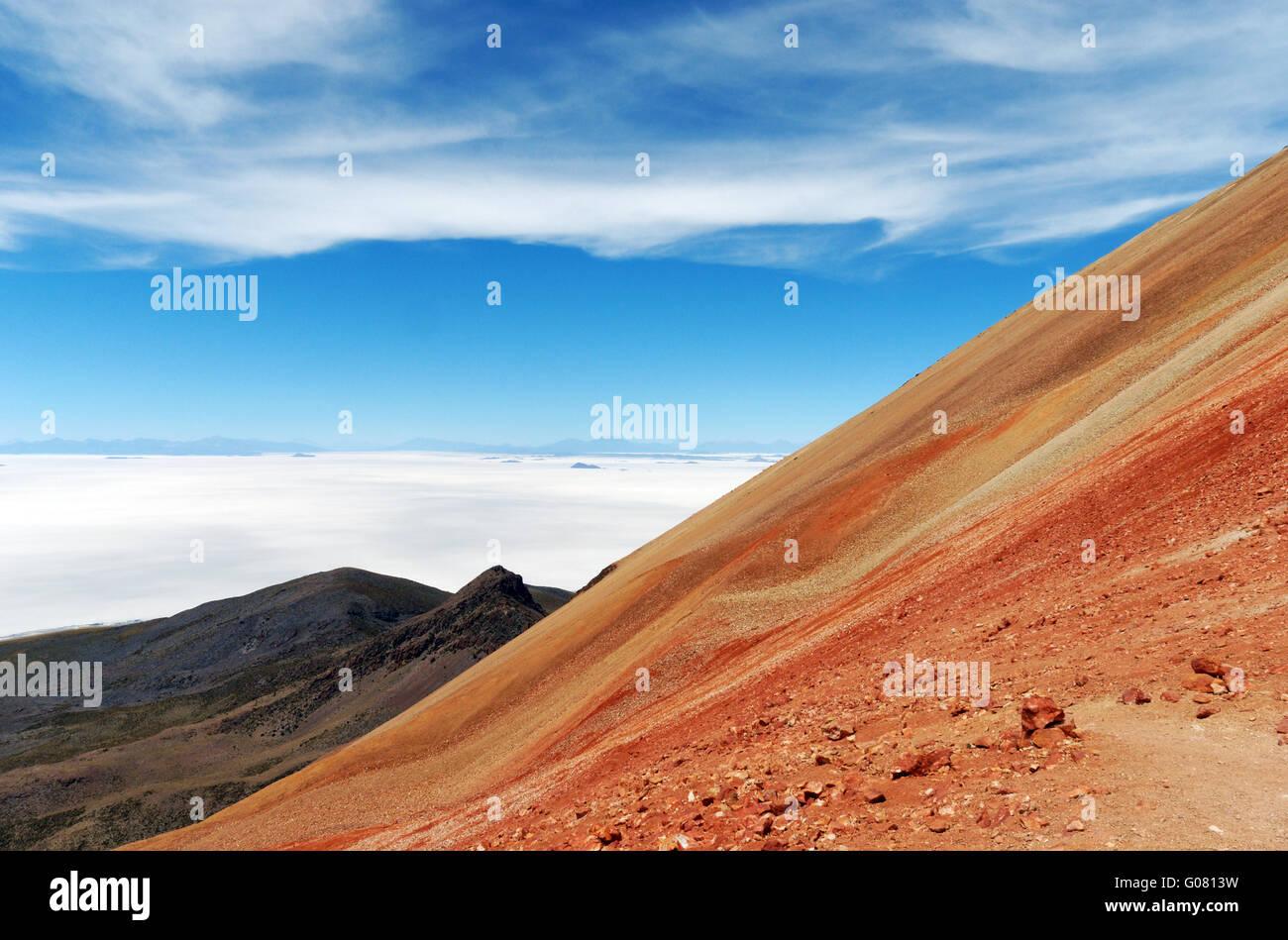 Erstaunliche Geologie auf dem Gipfel des Vulkans Tunupa in der Salar de Uyuni in Bolivien Stockbild