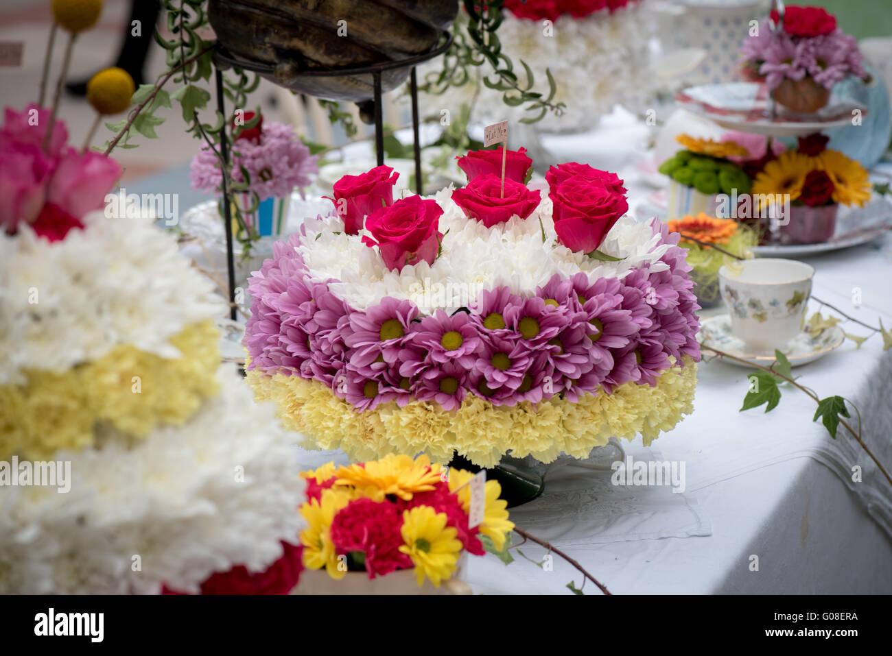 Geburtstag Torte Rosen Blumen Floral Bei Kuchen International The