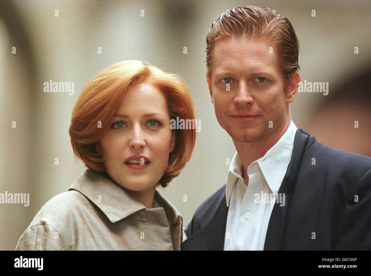 Gillian Anderson in Glasgow Dreharbeiten House of Mirth mit Eric Stoltz in 1999 Stockbild