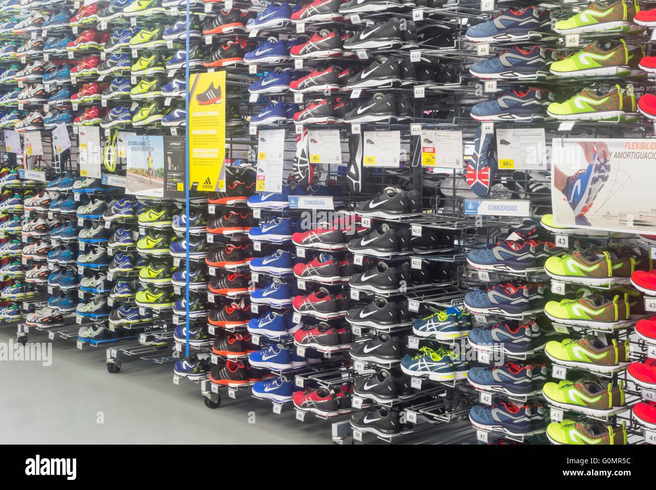 Decathlon Running Shoes France