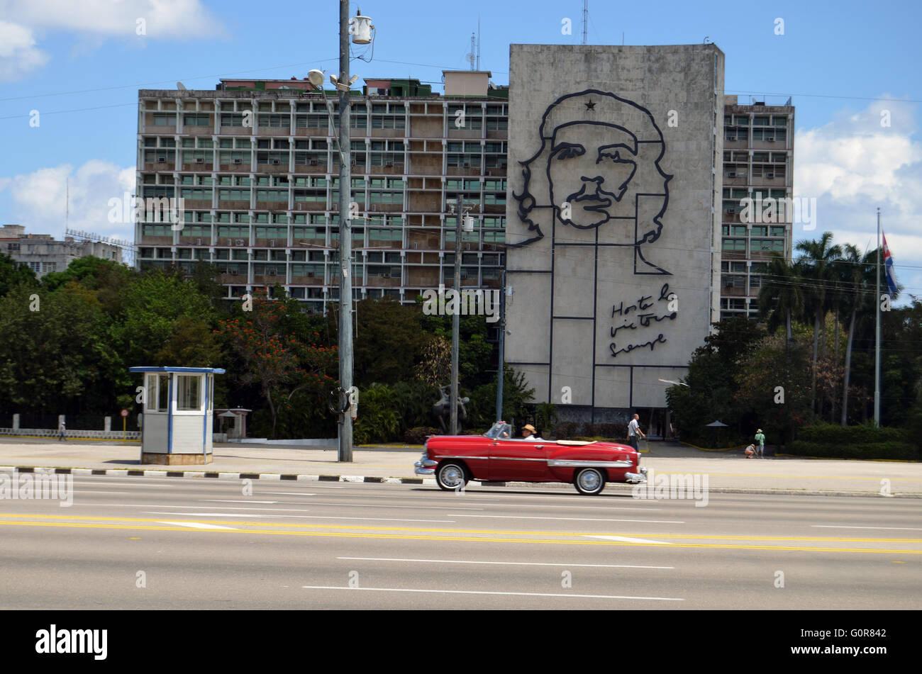 Memorial Ernesto Che Guevara auf Innenministerium building, Plaza De La Revolucion, Havanna, Kuba 2016 Stockbild