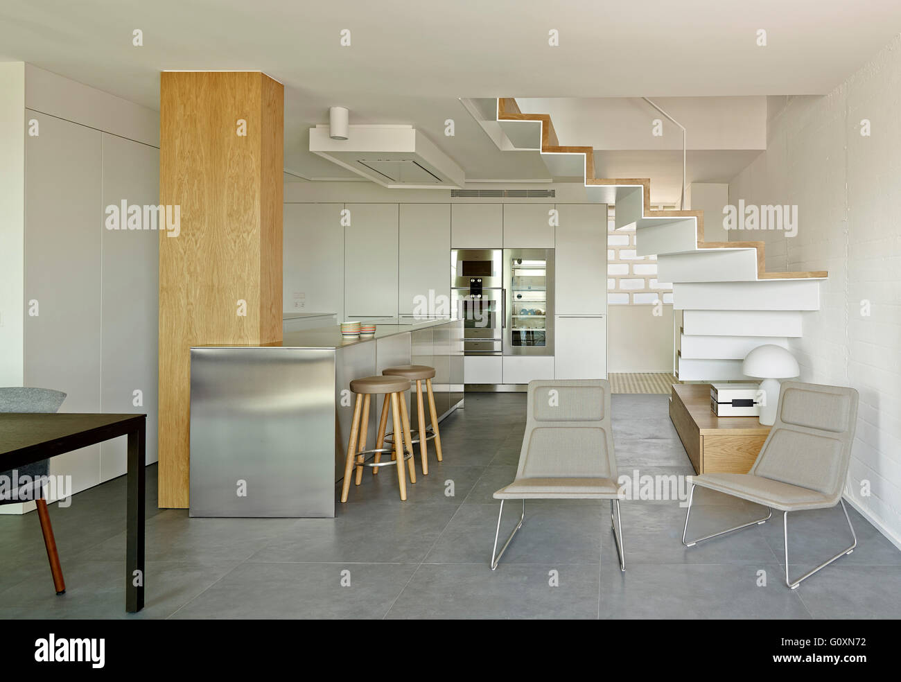 curved staircase stockfotos curved staircase bilder alamy. Black Bedroom Furniture Sets. Home Design Ideas