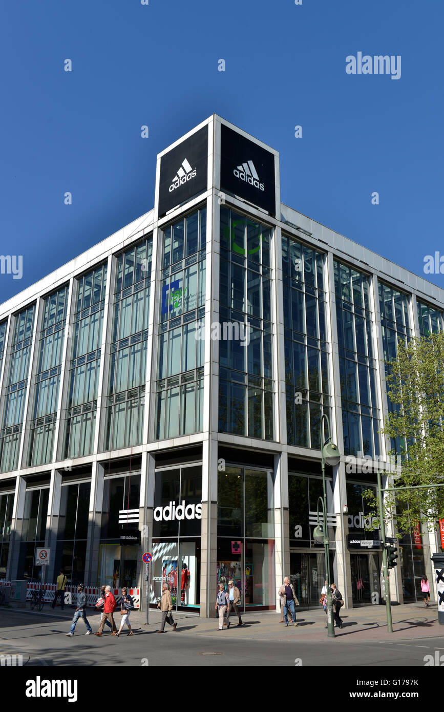 ADIDAS Store, Tauentzienstrassse, Charlottenburg, Berlin, Deutschland Stockfoto