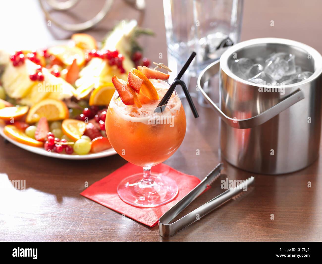 Traditionelle italienische Getränk, Siciliano-Frucht-cocktail ...