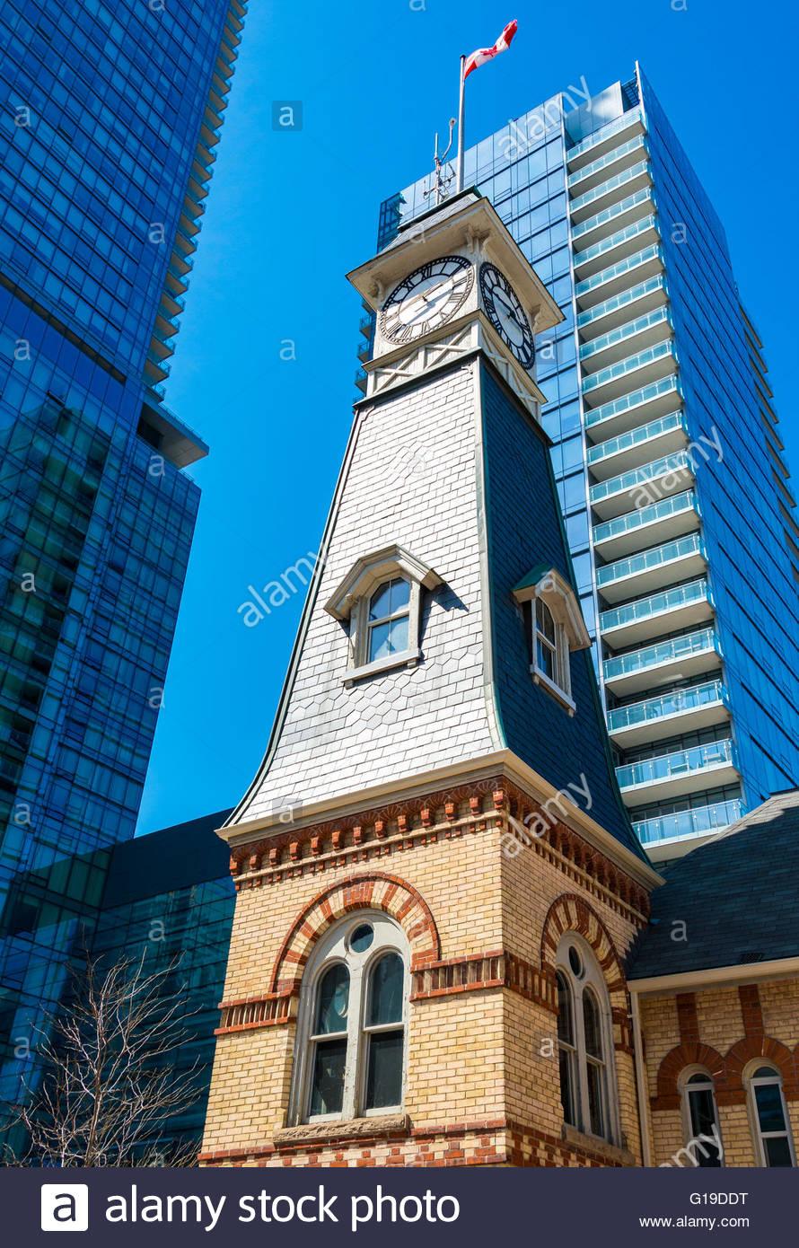 Vintage Schlauch Haus / Feuerwache Uhrturm in der Innenstadt ...