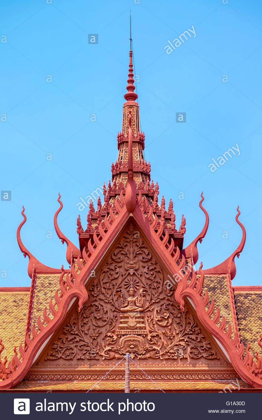Khmer Architektur, Dach Turmspitzen des nationalen Museums von Kambodscha, Phnom Penh, Kambodscha Stockbild