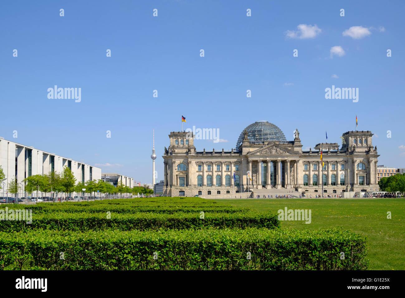 Blick auf den Reichstag Gebäude in Berlin-Deutschland Stockbild