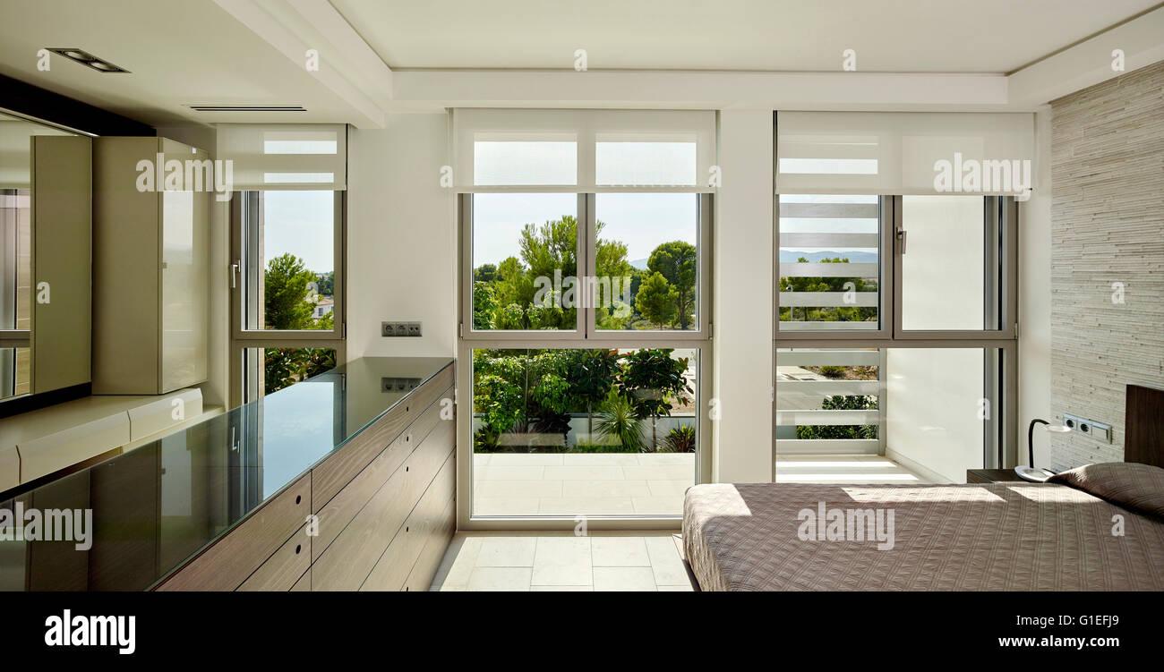 Fenster Von Der Decke Bis Zum Boden Stockfotos Fenster Von Der