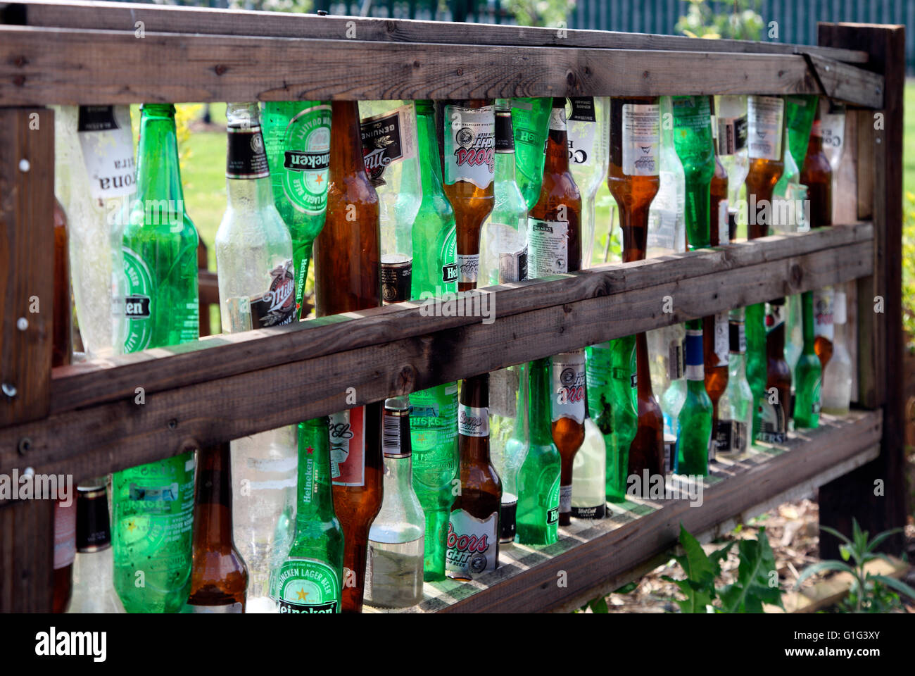 Bier Flasche Zaun Am Carrickmacross Gemeinschaft Kleingarten