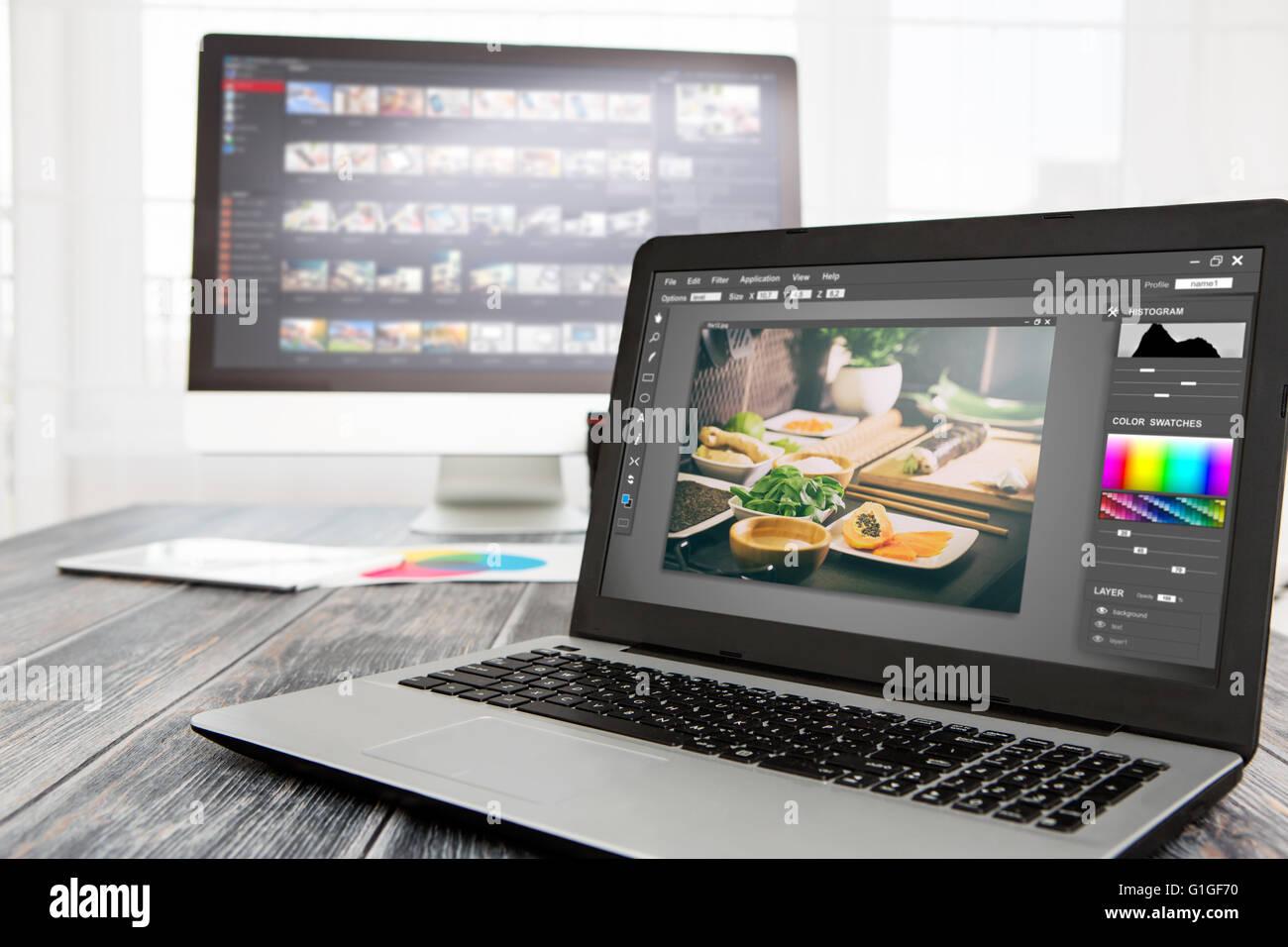 Fotograf Kamera Editor Monitor Design Laptop Foto Bildschirm Fotografie - Bild Stockbild