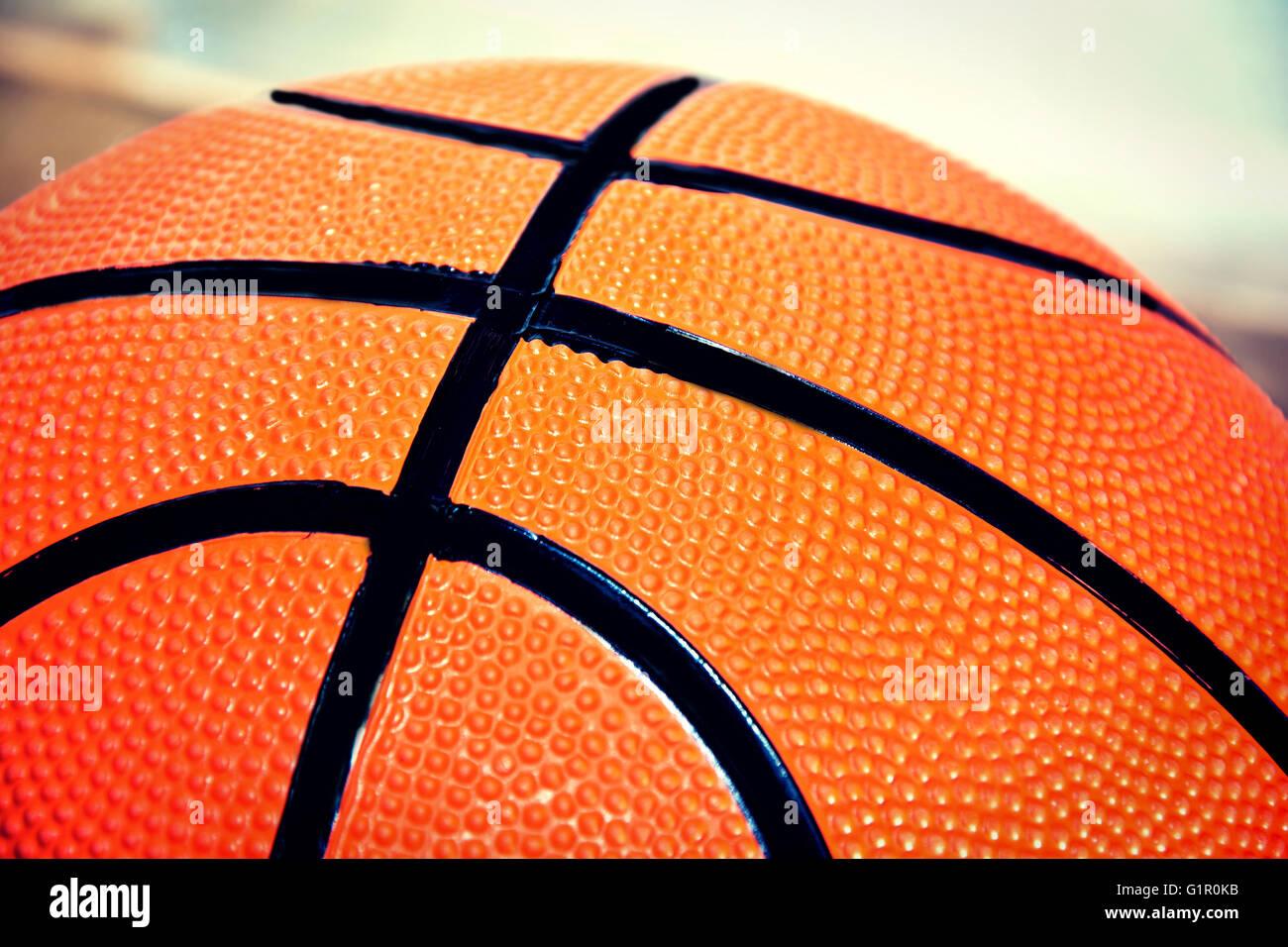 Basketball-Spiel. Basketball Ball nahe Bild. Stockbild