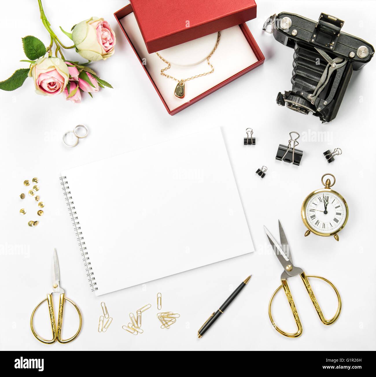 Hochzeit Flach Legen Hintergrund Mit Geschenk Box Goldene Ringe Und