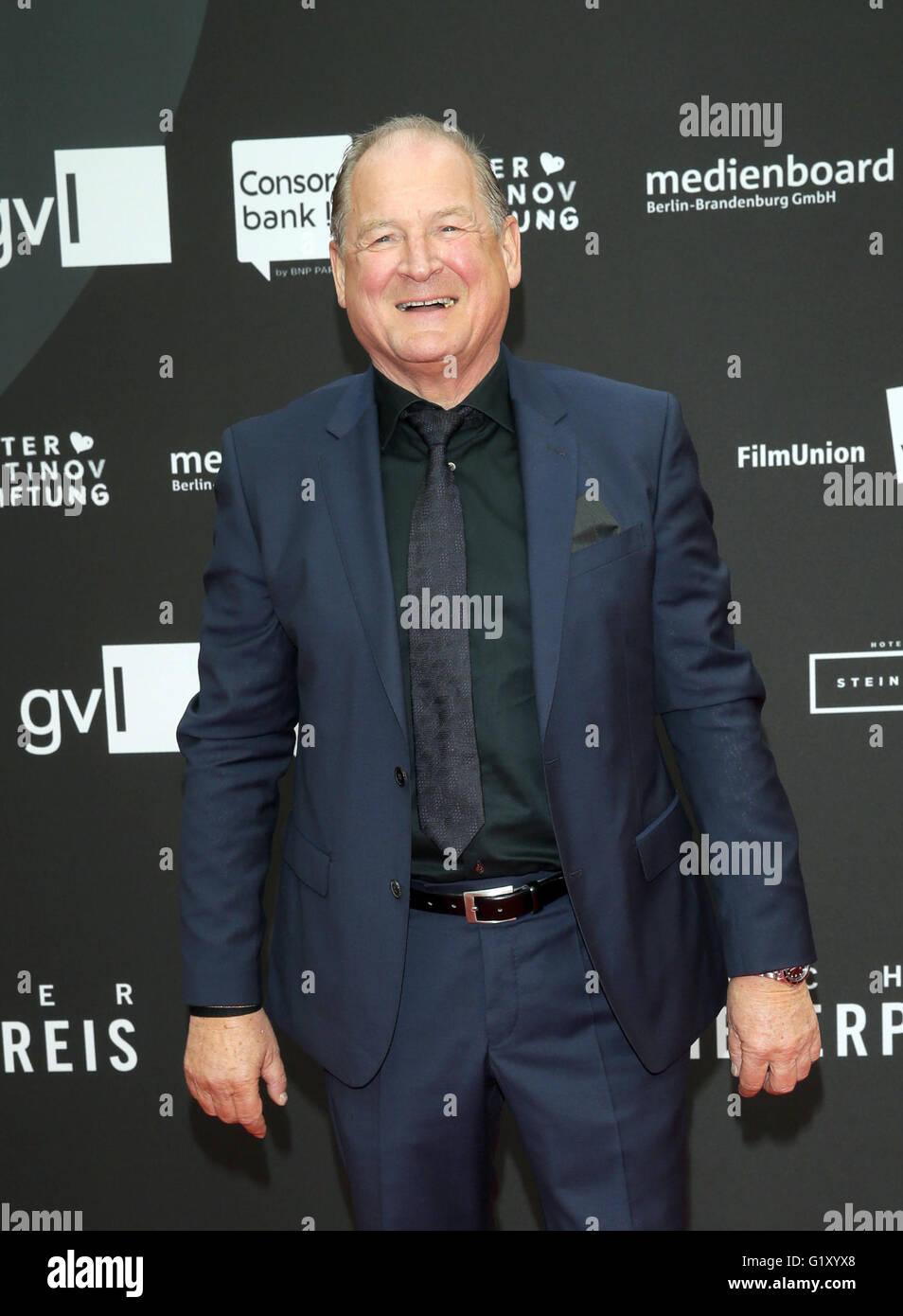 Schauspieler Burghart Klaußner ankommen für die Preisverleihung des deutschen Schauspieler Award (DSP) Stockbild