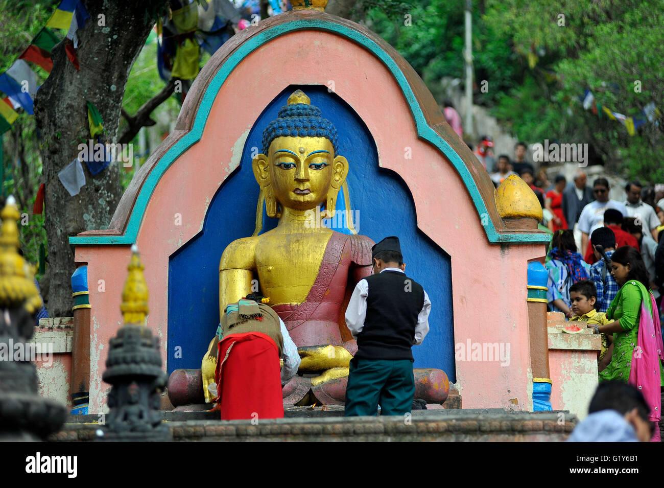Anhanger Mit Rituale Gebet Am Swayambhunath Stuapa Affentempel