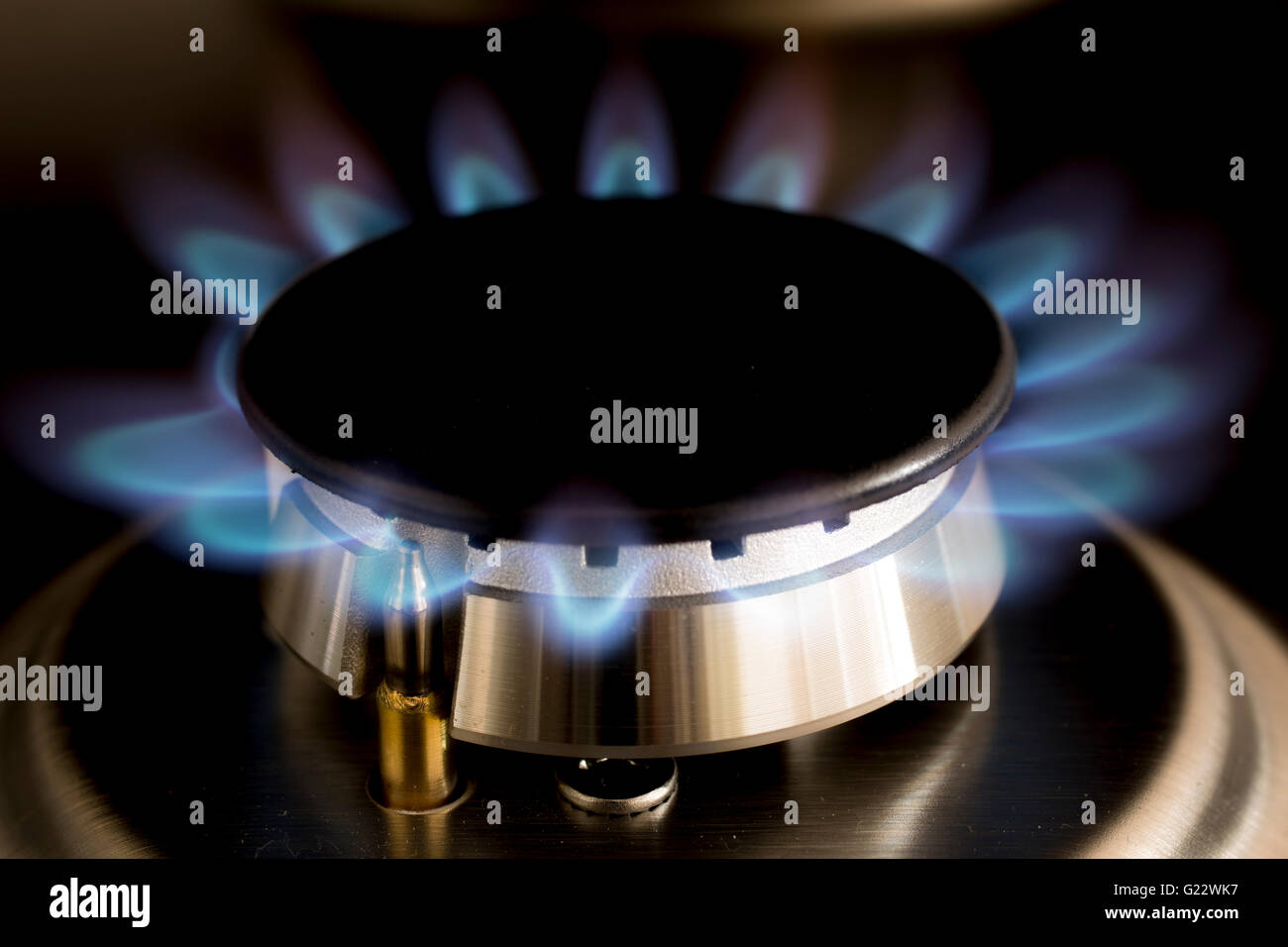 Gas Kochfeld Malerei : Burning gas stockfotos bilder alamy