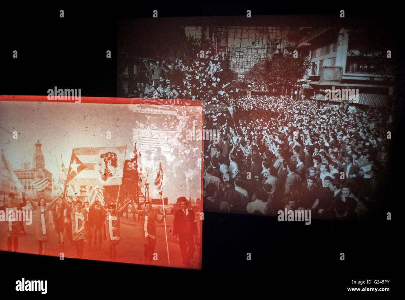 """Diaprojektionen Sie Saul Leiter Bilder bei Fotografen-Galerie-Ausstellung in London interaktiven dia-Show """"Fidel"""" Stockbild"""