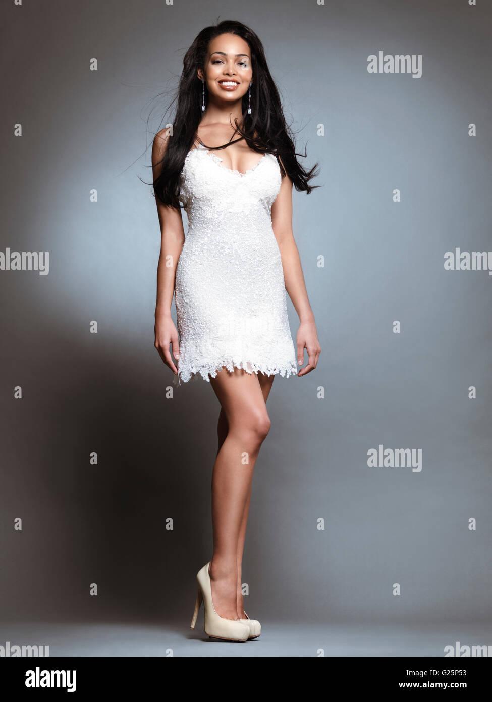 Black And White Mini Dress Stockfotos & Black And White Mini Dress ...