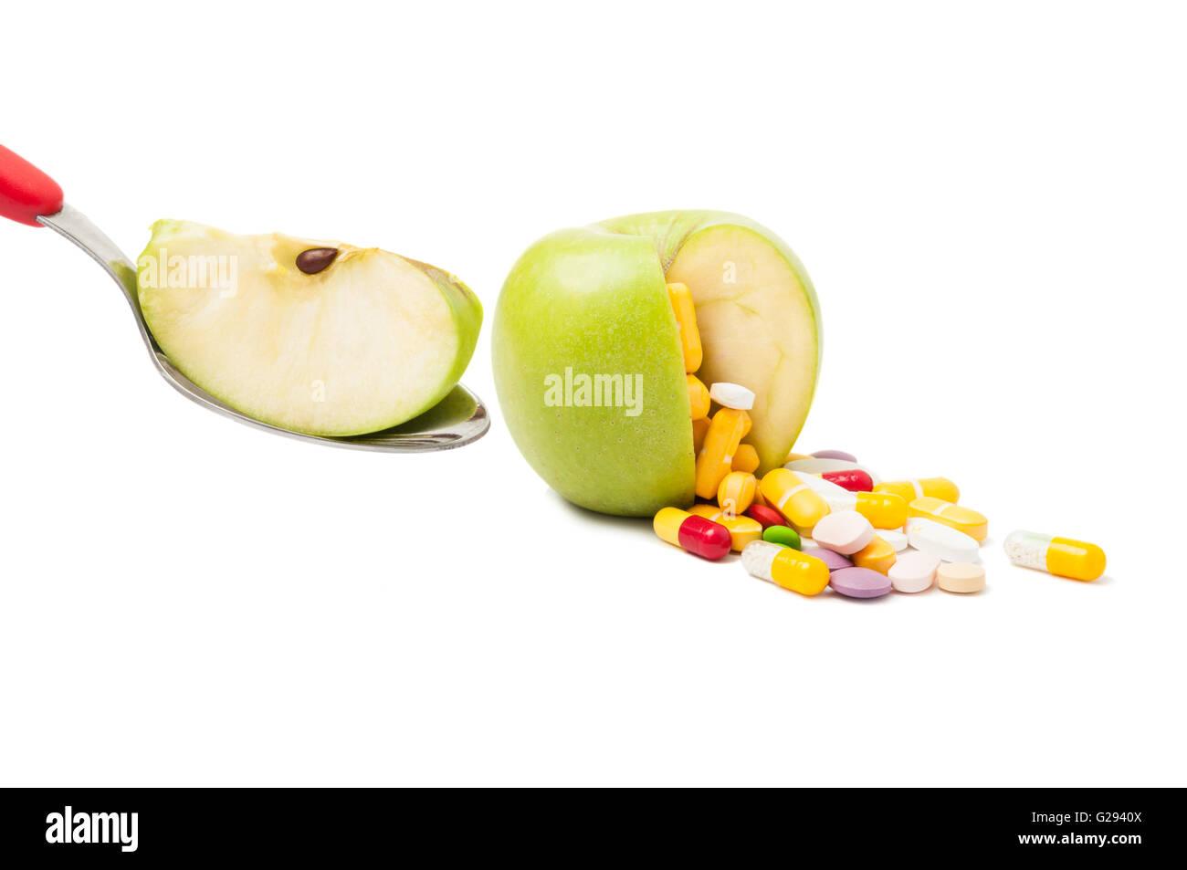 Naturliche Diat Pillen Konzept Isoliert Auf Weissem Hintergrund