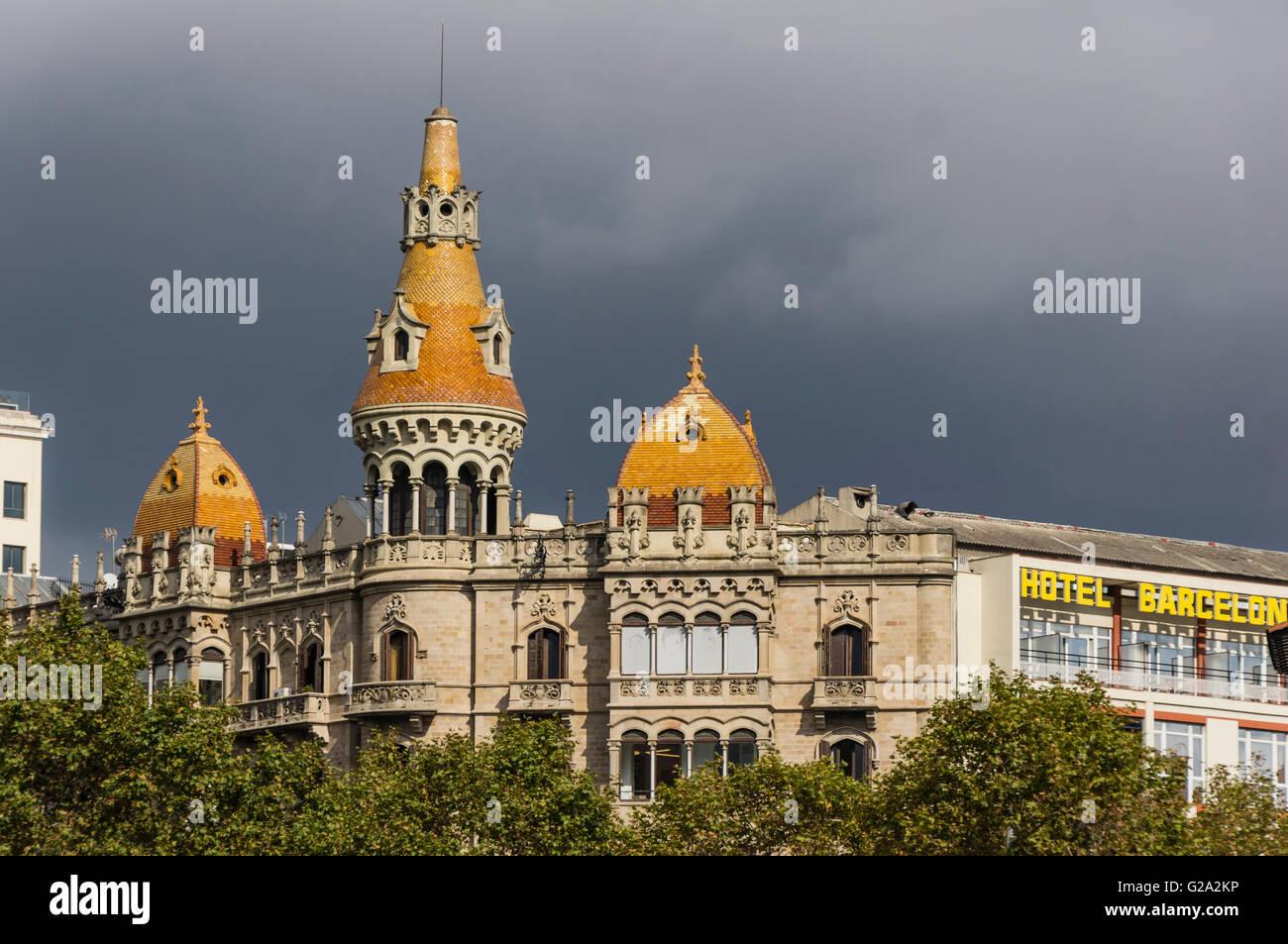 Fällen Rocamora, Teatre Tivoli, Theater, Hotel Barcelona, Plaça de Catalunya Katalonien, Barcelona, Katalonien, Stockbild