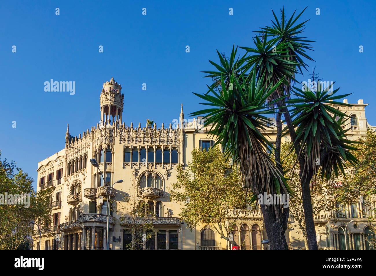 Ein modernistisches Gebäude von Lluís Domènech i Montaner, Passeig de Gracia Casa Leo Morera, Modermisme, Stockbild