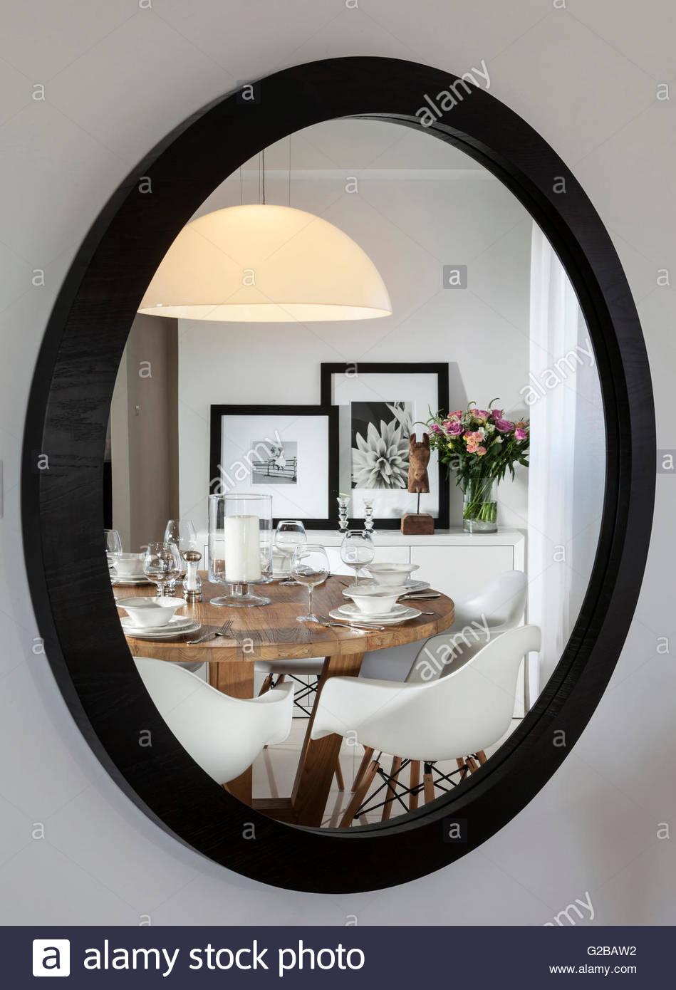 Wohnung für Reuveni home Styling & Design. Moderne Küche Tisch und ...