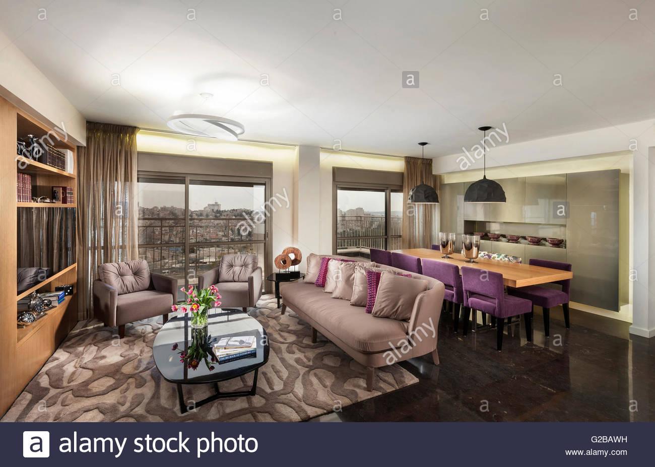 Jerusalem moderne Wohnung von Annette Formmer. Modernes Wohnzimmer ...